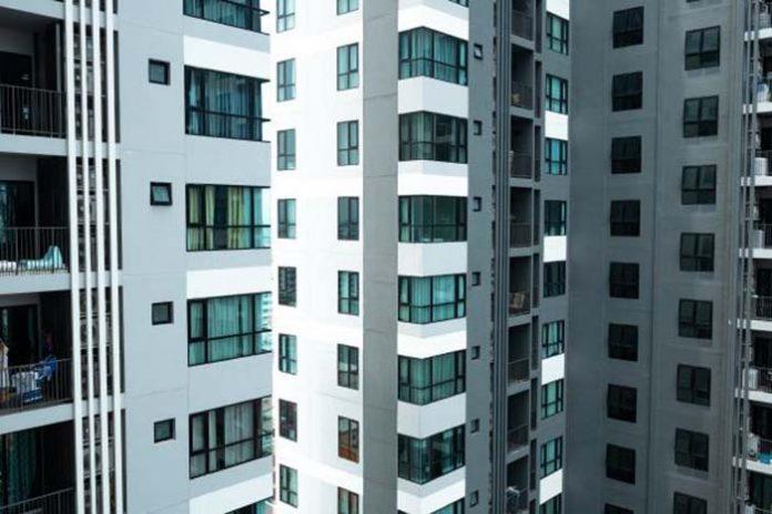 Fachada de condomínio e suas alterações