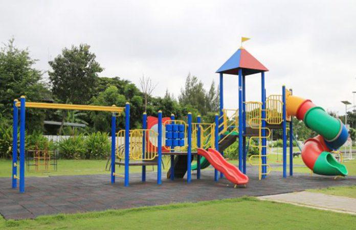 Playground do Condomínio desconformidade com o fim que se destina