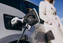 A tecnologia dos carros elétricos dentro dos condomínios