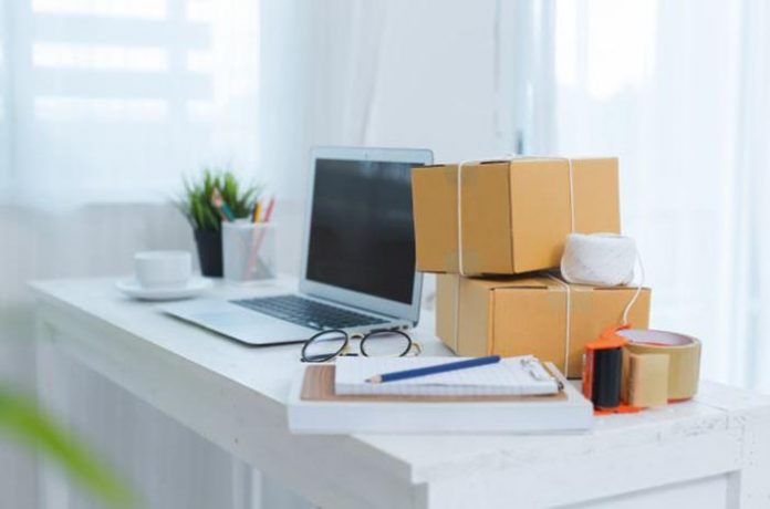 É permitido atividades comerciais em condomínios residenciais