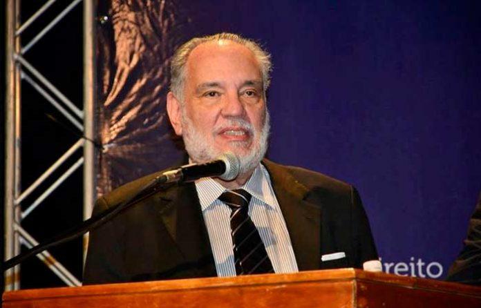 Advogados de todo o Brasil se unem para homenagear o Prof.º Sylvio Capanema no próximo dia 20/07