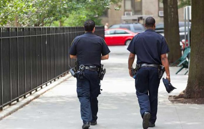 Perseguição a veículo não justifica invasão policial de domicílio, diz STJ.