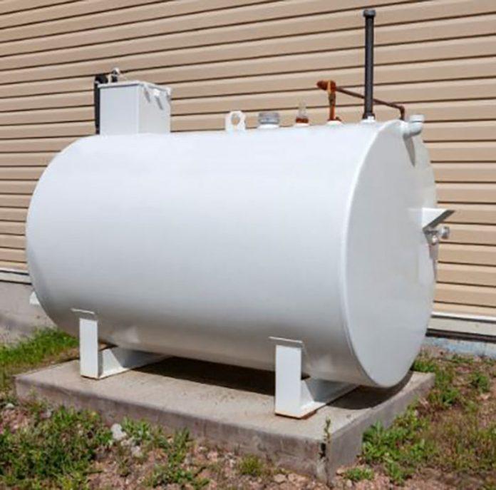 Adequada instalação de tanque de combustível no condomínio