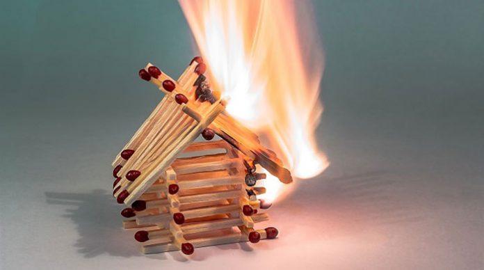Fosforos pegando fogo