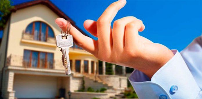 comprador de um imóvel só passa a ser responsável pelo pagamento das cotas de condomínio após a imissão na posse direta do bem.